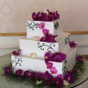 Jess + Eric's Wedding Cake